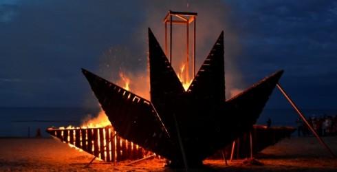 30.augustā Senās uguns nakts Rojas pludmalē