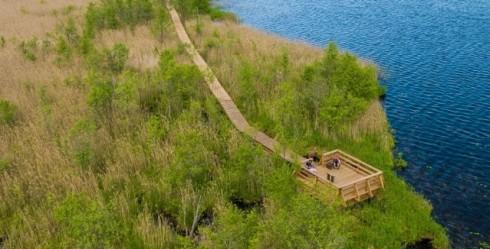 Dodies pastaigā pa Ventspils Būšnieku ezera dabas taku