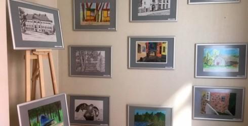 """Galerijā """"Žagata"""" atvērta Ventspils Mākslas skolas audzēkņu darbu izstāde"""