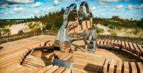 Ventspils pludmalē jauns vides objekts - Latvijas kontūras zīme