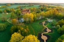 Vēsturisko parku un dārzu dienās ciemos aicina Jaunmoku pils