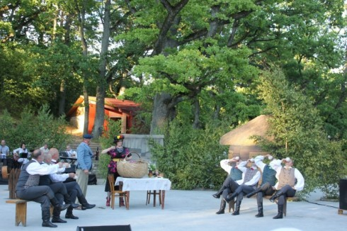 """Līgo svētki Kandavā - izrāde """"Preilenīte"""" un zaļumballe ar grupām """"Dakota"""", """"Credo"""" un """"Roja"""""""
