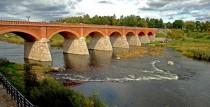 Senais ķieģeļu tilts pār Ventu